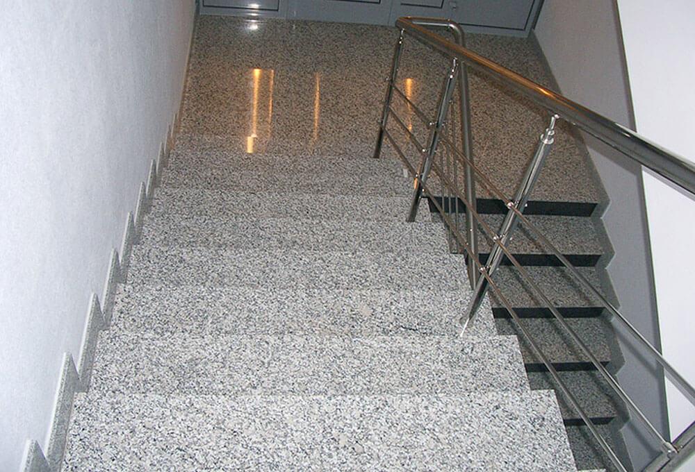 granit-basamak-bianco-sardo-oztas-mermer-granit-ankara