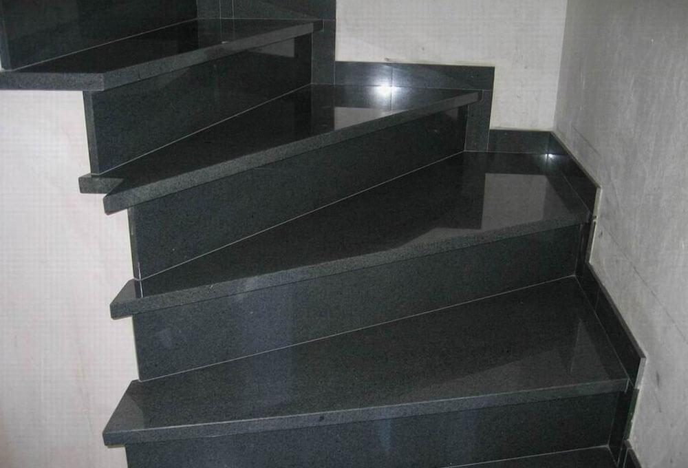 granit-basamak-siyah-black-oztas-mermer-ankara