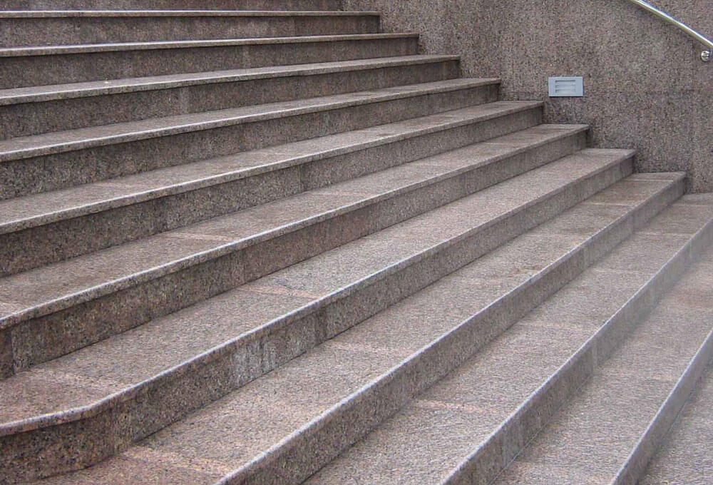 granit-basamak-uzun-genis-mermer-oztas-ankara