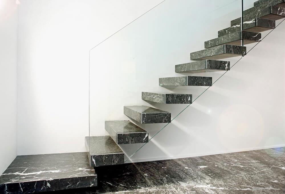 havada-yuruyen-mermer-basamak-oztas-mermer-granit-ankara